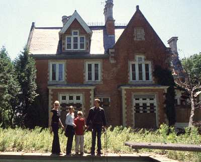 Cold Creek Manor image
